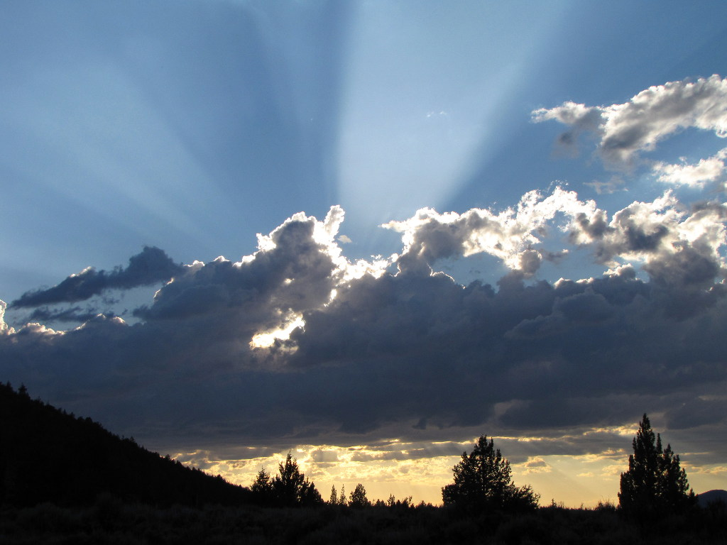 Wide Crepuscular Rays